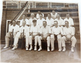 1930s ORIGINAL AUST CRICKET PHOTO. BILL BROWN & ? DOES ANYONE KNOW THE PLAYERS !