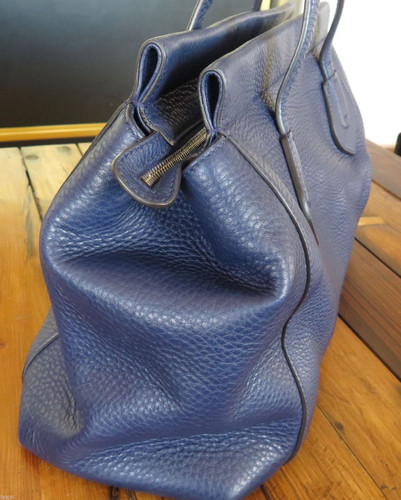 AUTHENTIC GUCCI TASSEL 354469 BLUE HAND BAG