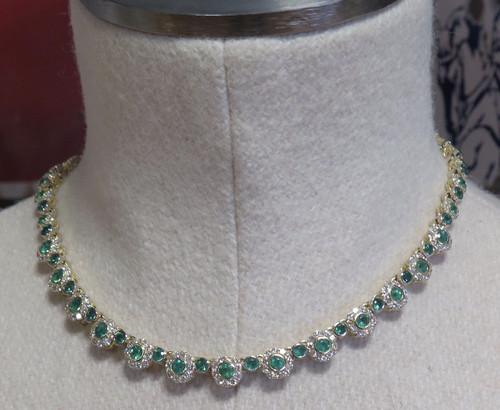 5.55ct Natural Emerald & 9.60ct G Si Diamond Set 18ct Gold Necklet Val $32600