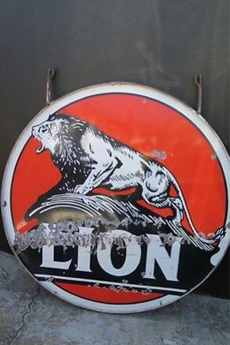 AUSTRALIAN VINTAGE OLD SIGN BUY SELL c1930's -40's AMERICAN LION MOTOR OIL GAS STATION LARGE ENAMEL SIGN