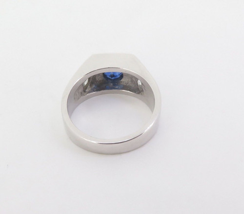 A Gentlemen's Platinum, Ceylon Sapphire & Trilliant Cut Diamond Ring Size S Val $15220