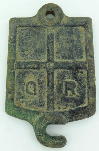 VINTAGE / ANTIQUE QR QUEENSLAND RAIL CAST IRON AXEL BOX LID. SERIAL No. W Z A 15