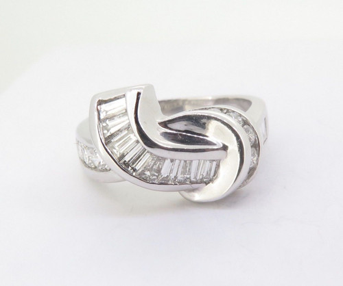Vintage 14ct White Gold Ladies 1.30tcw Diamond Knot Promise Ring Size R Val 5595