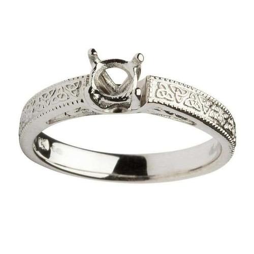 14 Karat White Gold Round Cut Solitaire Diamond Celtic Engagement Ring Mount