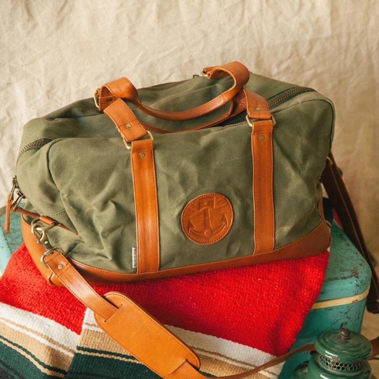 Iron & Resin Getaway Bag, Dark Cognac/Beige - online at ToughWorkz