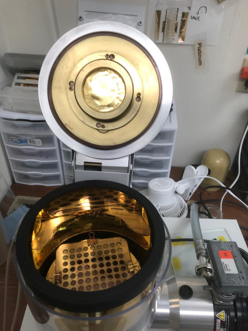 Electrode deposition service by Magnetron Sputtering up to 260 mm diameter. Gold 100 nm. with turbo pump