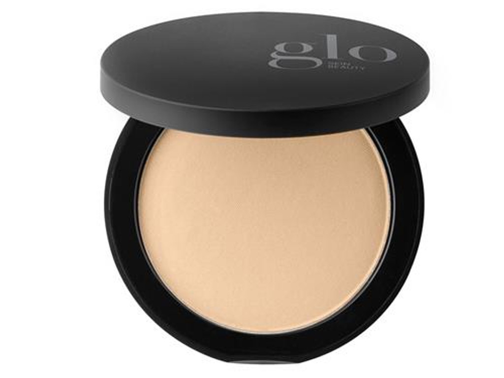 Glo Skin Beauty Pressed Base - Golden Medium