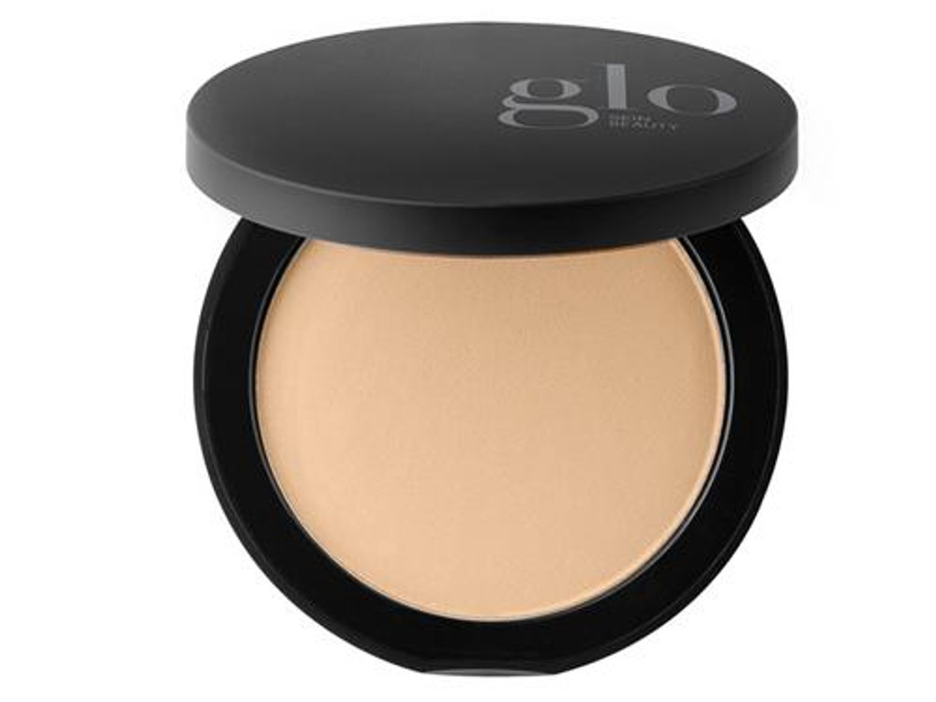 Glo Skin Beauty Pressed Base - Golden Dark