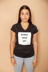 Detroit Never Left™ Wmns Vneck - Black/White