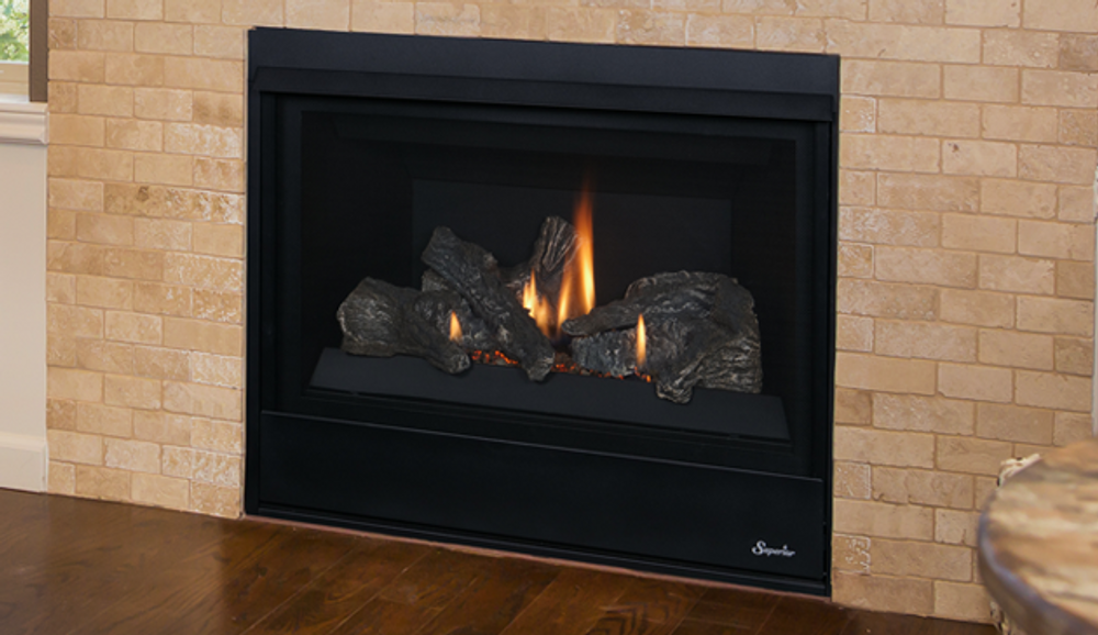 """Superior DRC 2033"""" Direct Vent Gas Fireplace"""