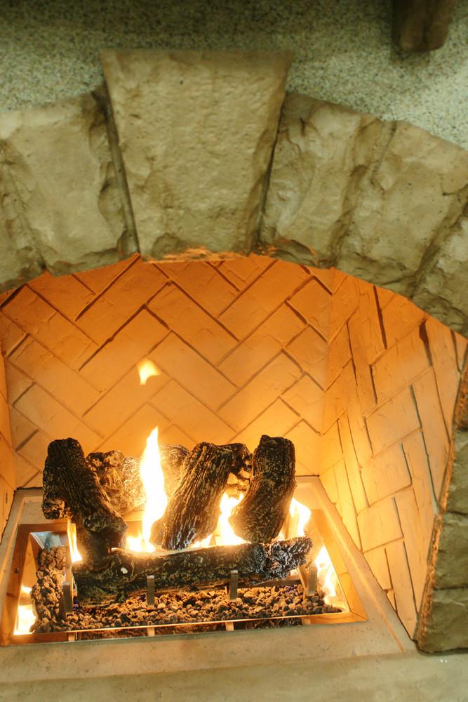 Outdoor Great Room Outdoor Ceramic Fiber Log Set with Grate