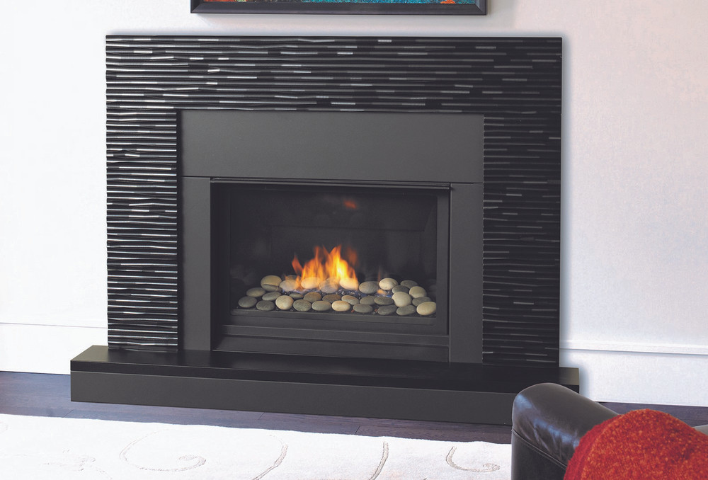 "Regency Horizon 33"" Clean Front Gas Fireplace"