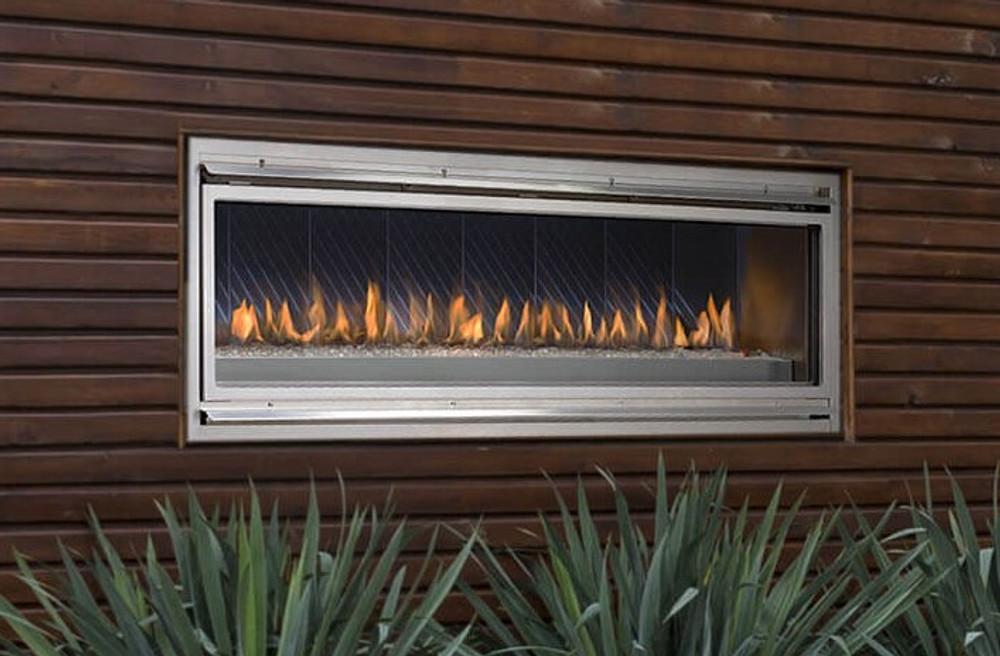 """Montigo Mahana 60"""" Outdoor Fireplace"""