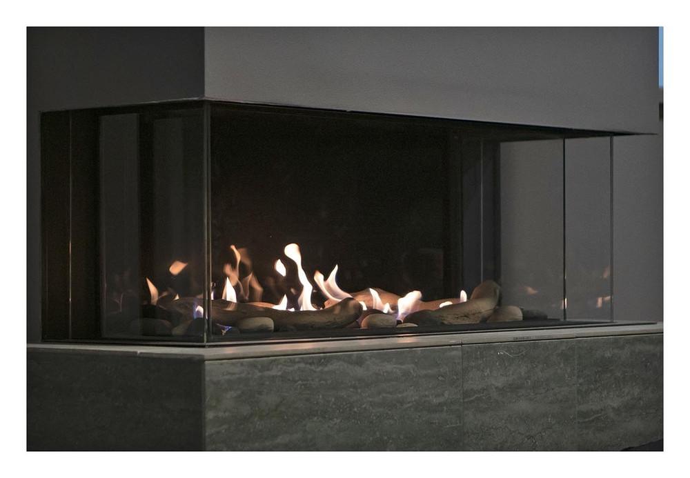 "Amantii Sierra Flame Toscana 58"" Bay Gas Fireplace"