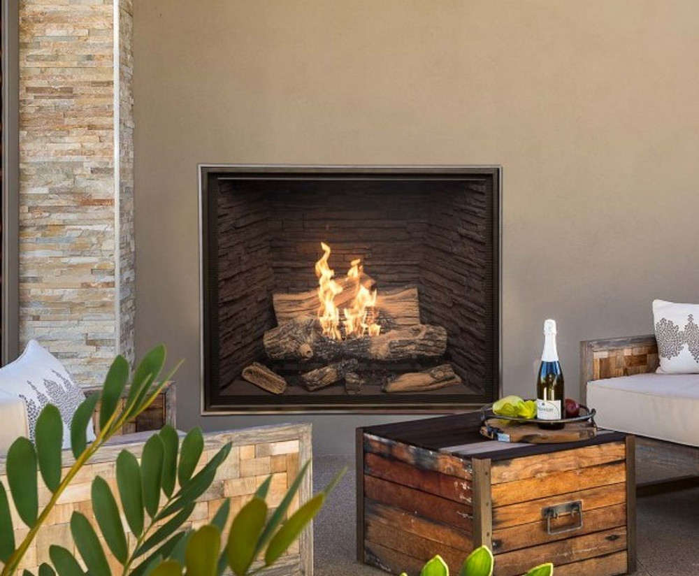 Town & Country TC42 Outdoor Traditional Gas Fireplace