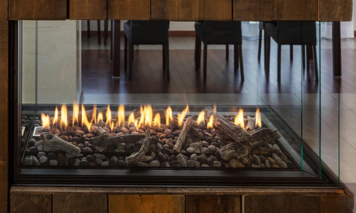 Montigo Exemplar Pier Direct Vent Gas Fireplace