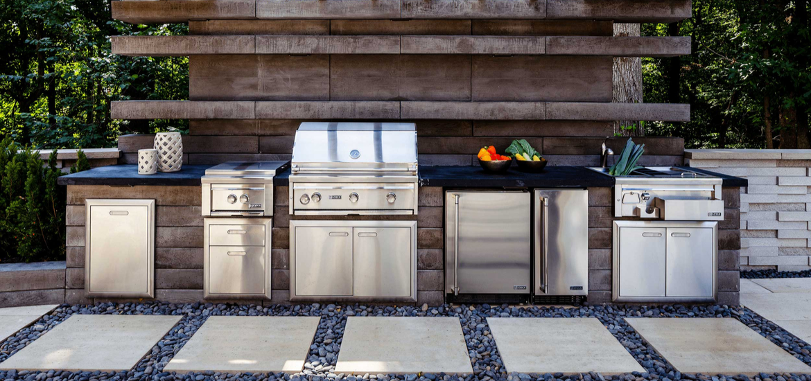 outdoor-kitchen-ideas-header-sebring-design-build.png
