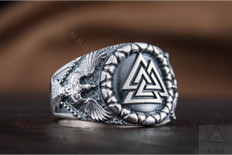 Valknut Symbol with Ravens   Viking  Silver  Ring