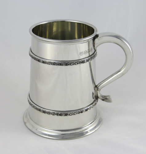 Crafted Cup's Celtic knot tankard: Front profile