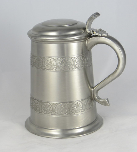 Crafted Cup's Medieval antique finish tankard: Front profile