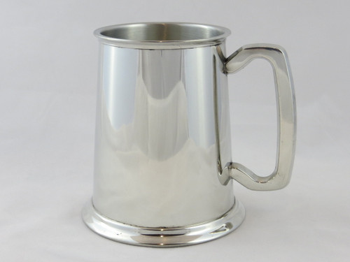 Plain pewter tankard medium grade front view