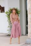 Xirena Bella Skirt Front pocket view