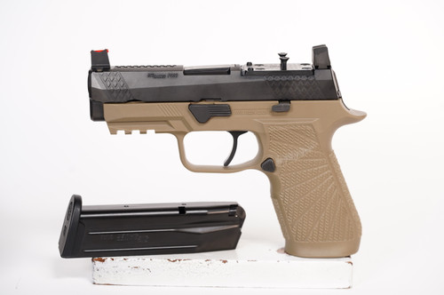 Wilson Combat SIG SAUER P320 Carry - w/Action Tune & Optic Cut