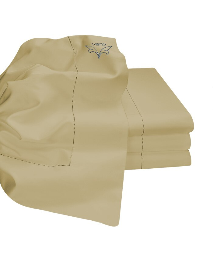 Sable - Elegant handcrafted in Italy. Our flat sheets have a wonderful hand and softness.