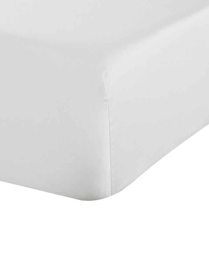 Ava, luxury fitted sheets are woven and sewn in Italy from 100% Long Staple Cotton. Ava is made from cool crisp  percale fabric.