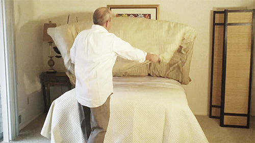 Once your duvet cover is stuffed, shake it from the foot
