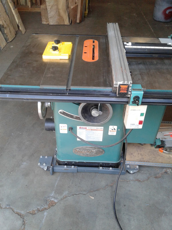 "Ripping: Grizzly 10"" Table Saw"