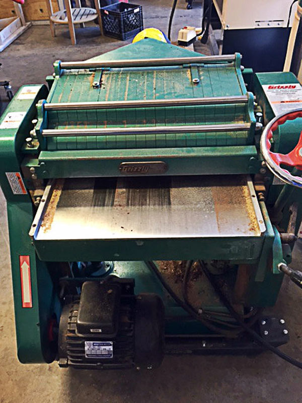 """Planing: Grizzly 20"""" Helical Head Planer"""