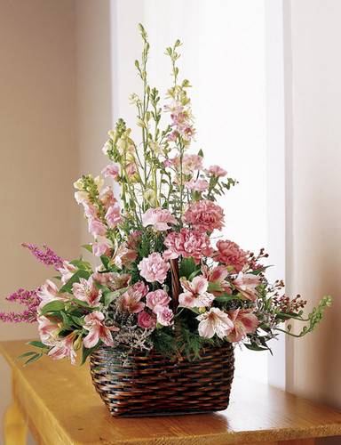 Exquisite Memorial Basket