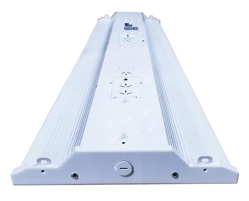 LED Linear High Bay Light, 165 Watt, 20,625 Lumens, 4000K or 5700K.
