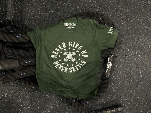 Never Give Up, Never Settle Unisex Tee