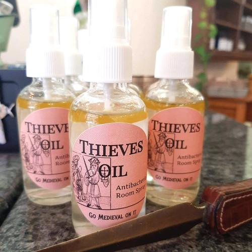Thieves Oil | SPRAY