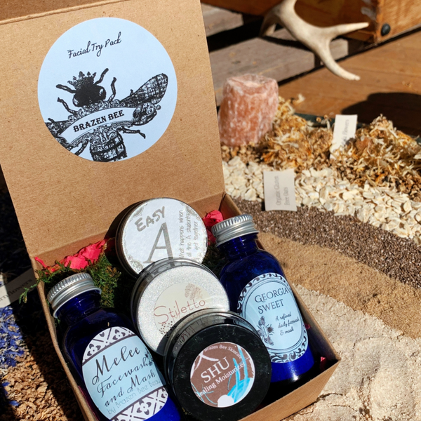 Organic Facewashes and Healing Moisturizers trial pack. Trial Sizes of TWO Facewash/Masks and THREE Concentrated Moisturizers.