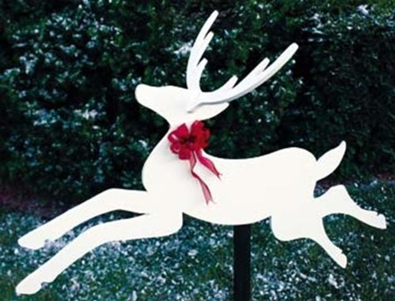 Dashing Deer Woodworking Plan is very easy to cut ,sand and paint.