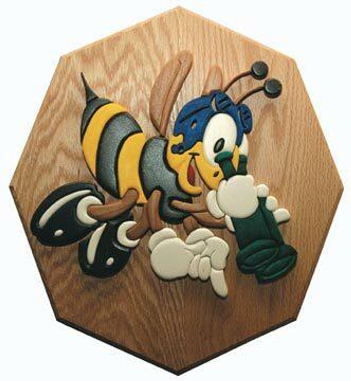 Wildwood Designs Look-out Bee Intarsia Plan