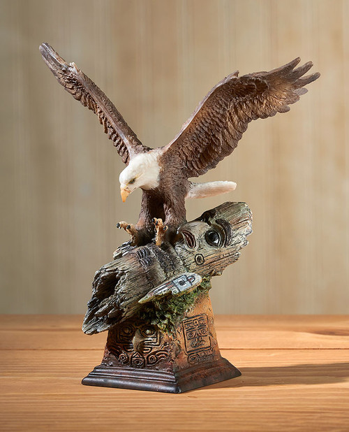 Totem – Bald Eagle Sculpture