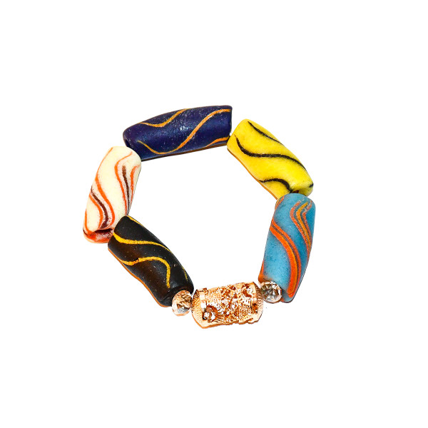 African beads can give us a sense of accomplishment, and make us feel happier in life.