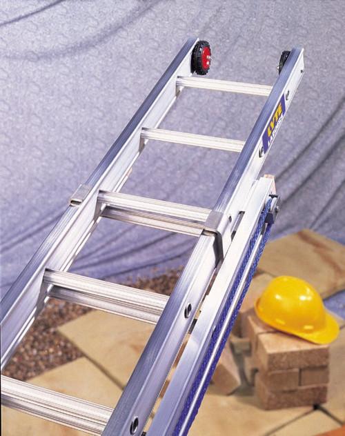 Lyte Heavy Duty EN131-2 Professional 3 Section Extension Ladder