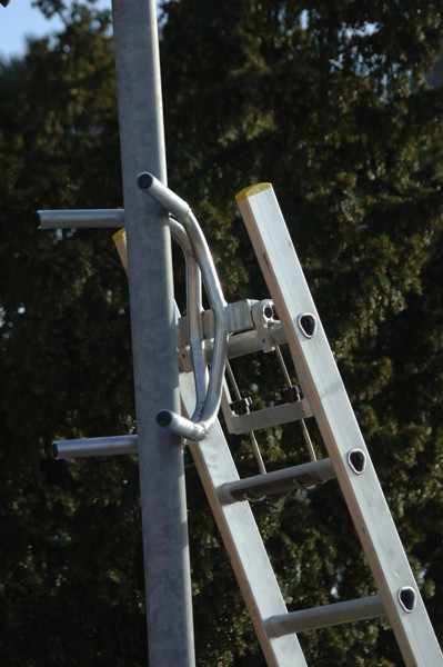 An image of Ladderfix The Lighting Collar