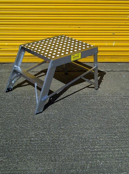 An image of Chase Hopstar Folding Work Platform - 600mm Square Platform
