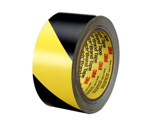 "3M™ 021200-42892 5702 Black/Yellow Safety 5.4 Mil Strip Tape - 1"" x 36 Yard Roll"