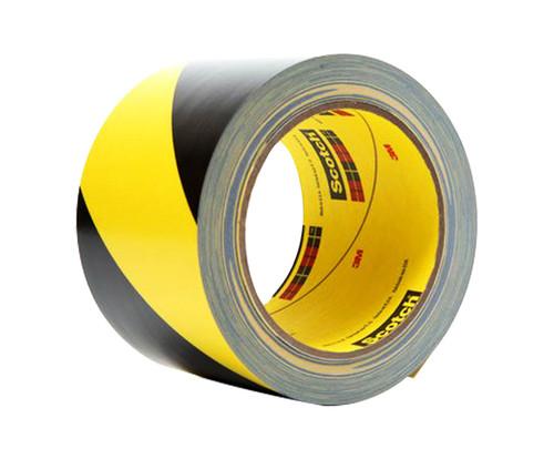 "3M™ 021200-03951 Black/Yellow 5702 Safety 5.4 Mil Strip Tape - 3"" x 36 Yard Roll"