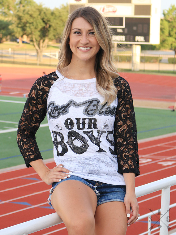 <p>Cowboys fans will certainly love this! What a way to arrive to game day in this laced out Boys shirt!</p>