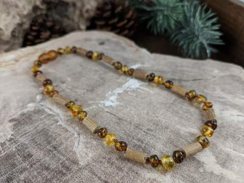 ADJ-AMBER TEETHING NECKLACE
