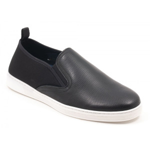 Parc City Pier Shoe in Black Punched Leather
