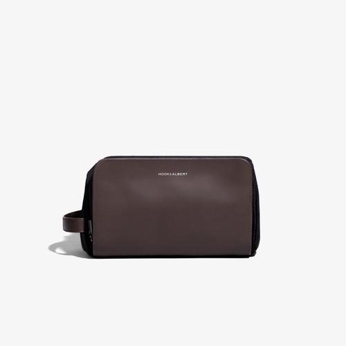 Hook & Albert Espresso Brown Leather Travel Dopp Kit